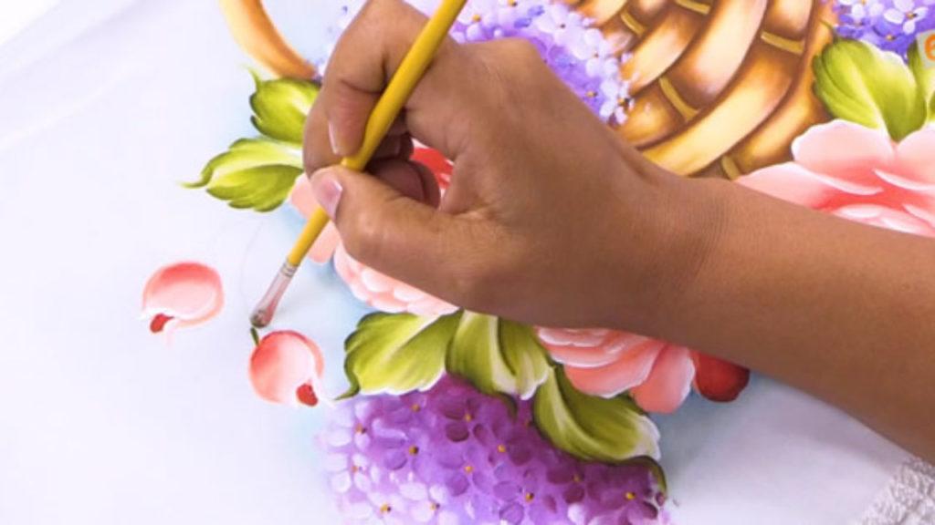 Certificado de Artesão de pintura em tecido por competência: veja como obter