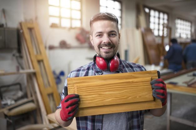 Certificado de Carpinteiro de esquadrias por competência: veja como obter